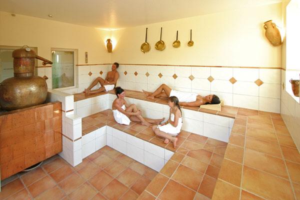 wellness im urlaub im bayerischen wald. Black Bedroom Furniture Sets. Home Design Ideas